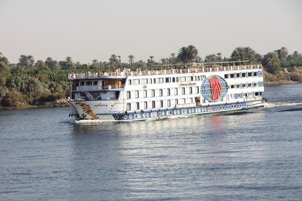 Typowy statek wycieczkowy na Nilu