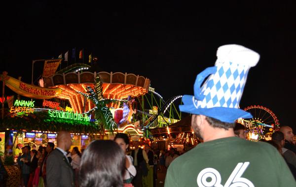 Lunapark nocą