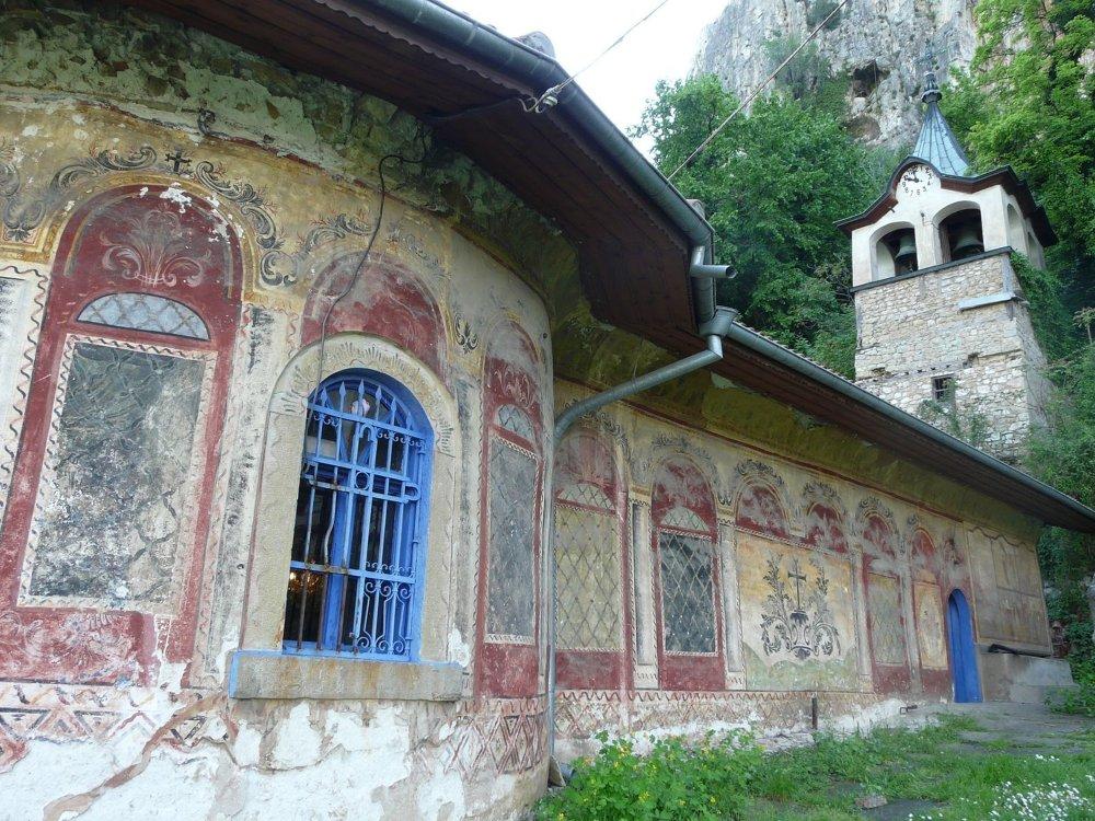 Rumunia – bukowińskie monastyry i rodniańskie Alpy